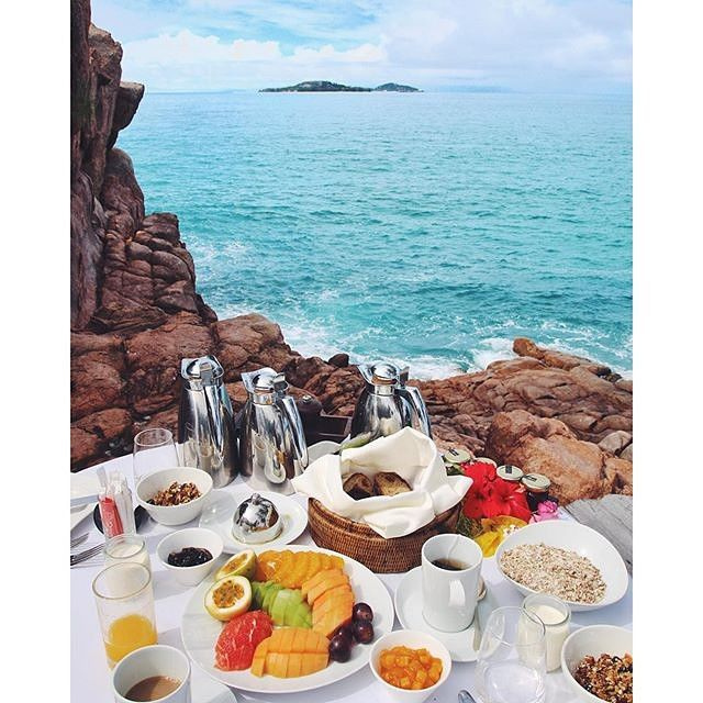 Beautiful view and delicious looking breakfast in the Seychelles! Amazing picture by @sjanaelise!