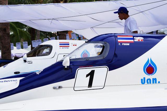 KUUNSÄTEESSÄ: Speedboat F1,  2013 Bangsaen Beach