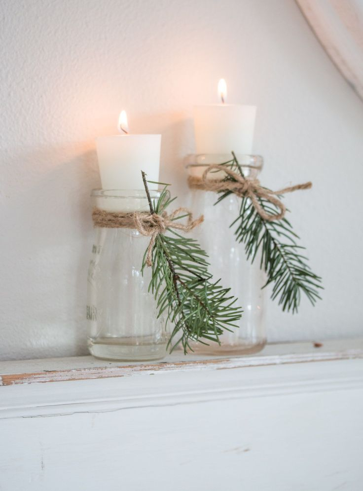 Cozy and Natural Christmas Living Room - Saw Nail and Paint