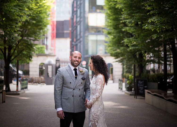 A Super Luxe Gold Jewish Wedding With Hermione De Paula Bride At Bevis Marks And Devonshire Terrace London UK