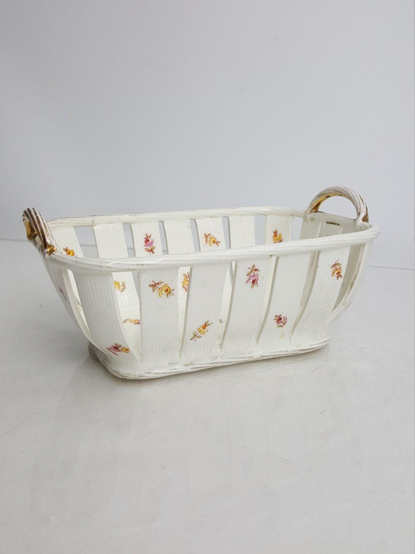 Carlsbad Austria open-work porcelain rectangular basket rosebud decoration early…