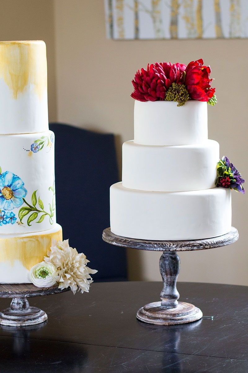 Find Beautiful Silk Flowers And Wedding Cake Stands For Your Wedding