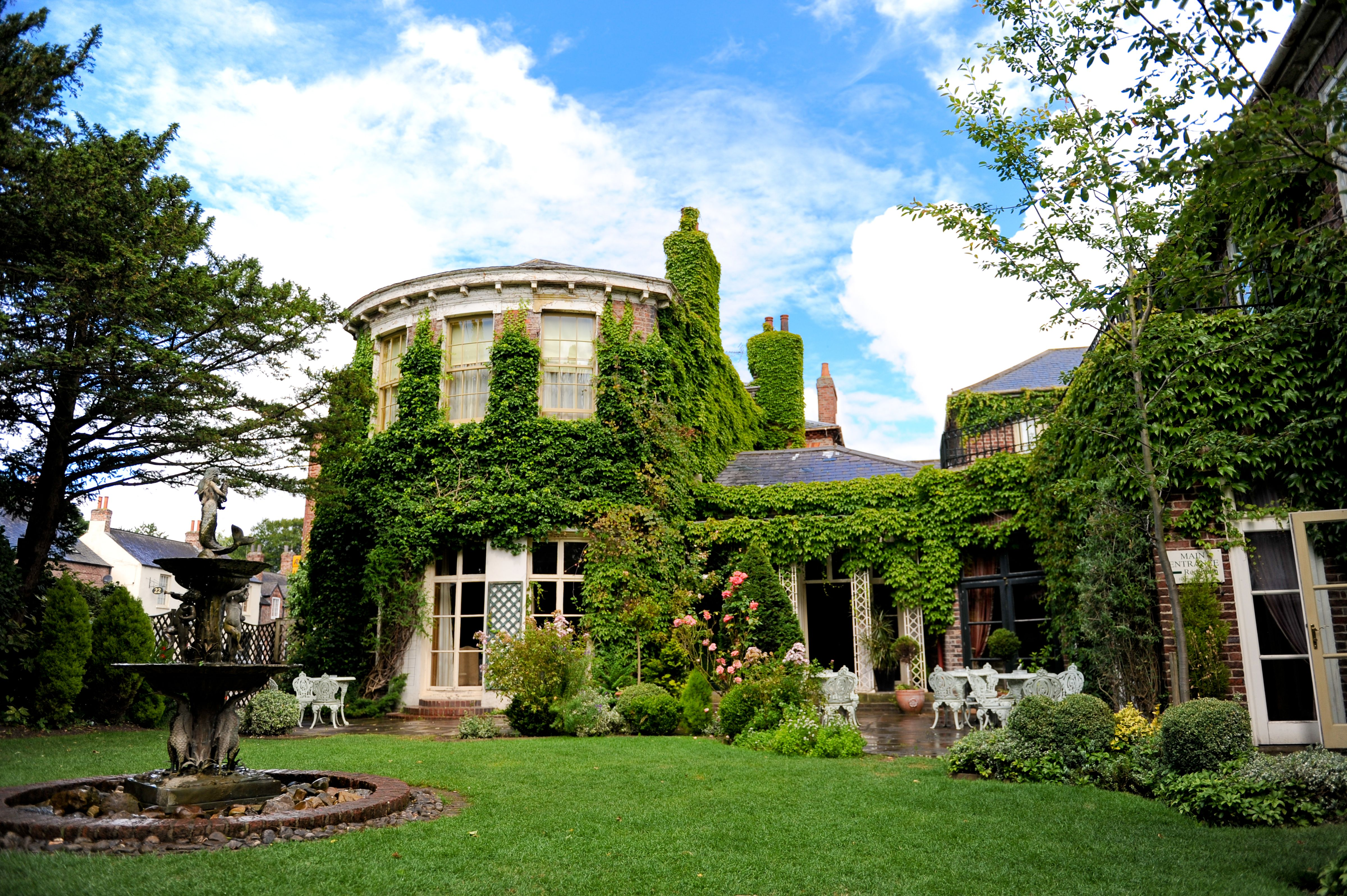 Best Western York Pavilion Hotel Is A Stunning Country House Wedding Venue In North Yorkshire Offering Fantastic Packages Beautiful