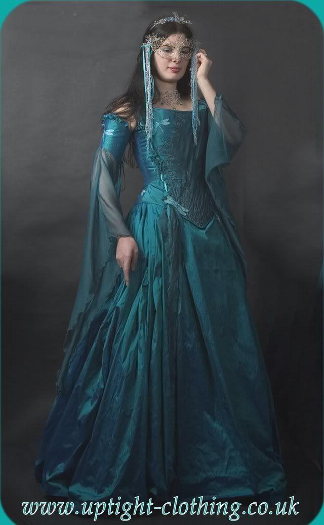 ball dresses masked 10 best outfits   Pinterest   Masking ...