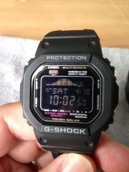 FS  Casio solar atomic G-Shock pair package GW-6900   GWX-5600 w extras  Thumb 3 198935f79d88