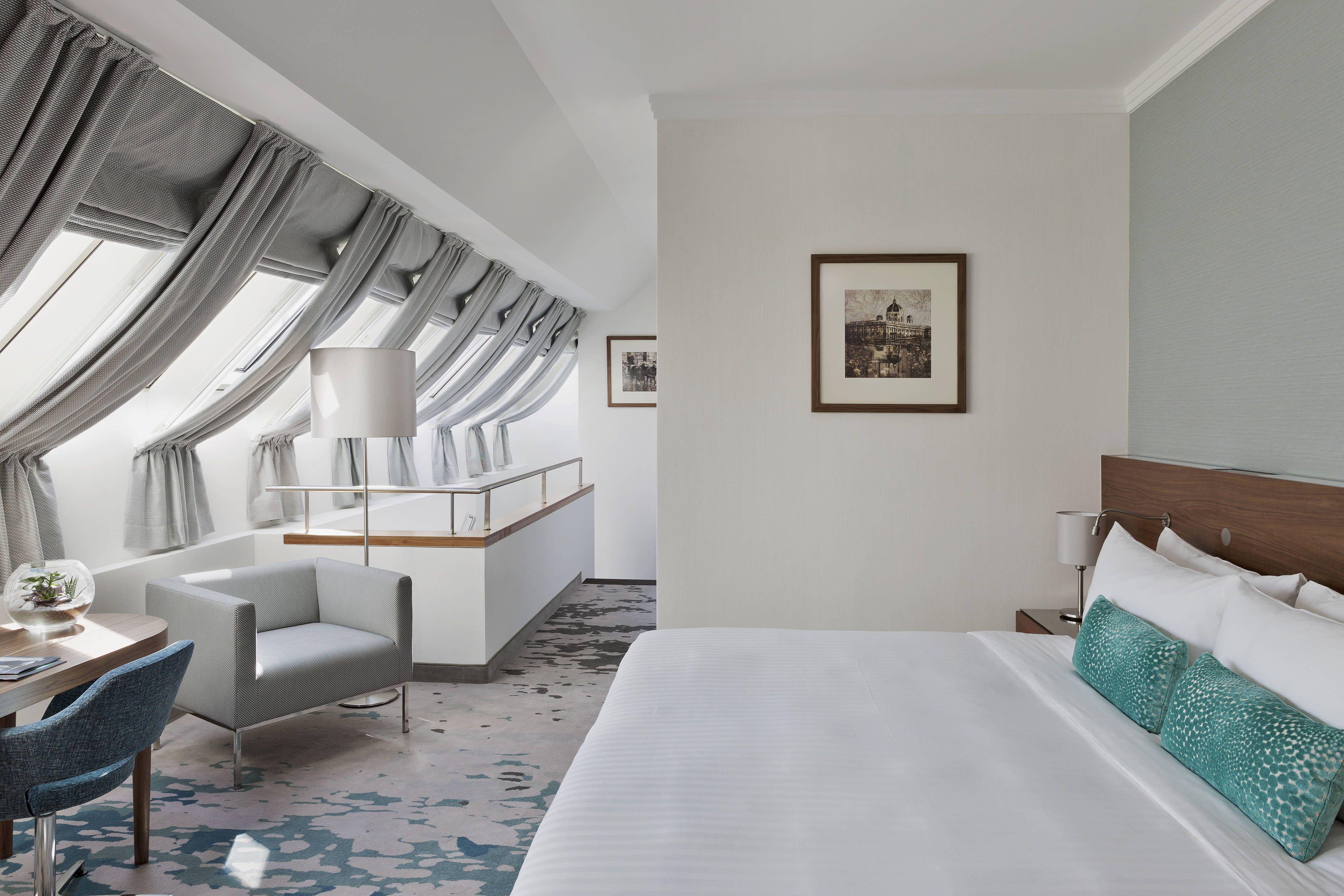 Vienna Marriott Hotel Maisonette Suite Bedroom Rooms Travel