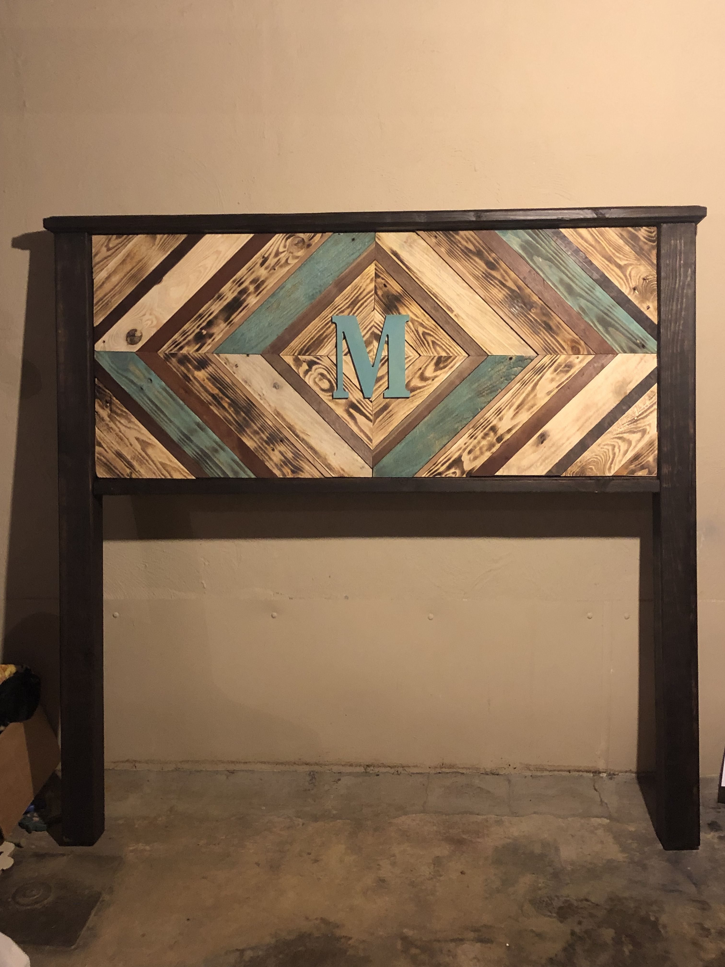 Queen Headboard Made From Pallets And Posts Were Bought From