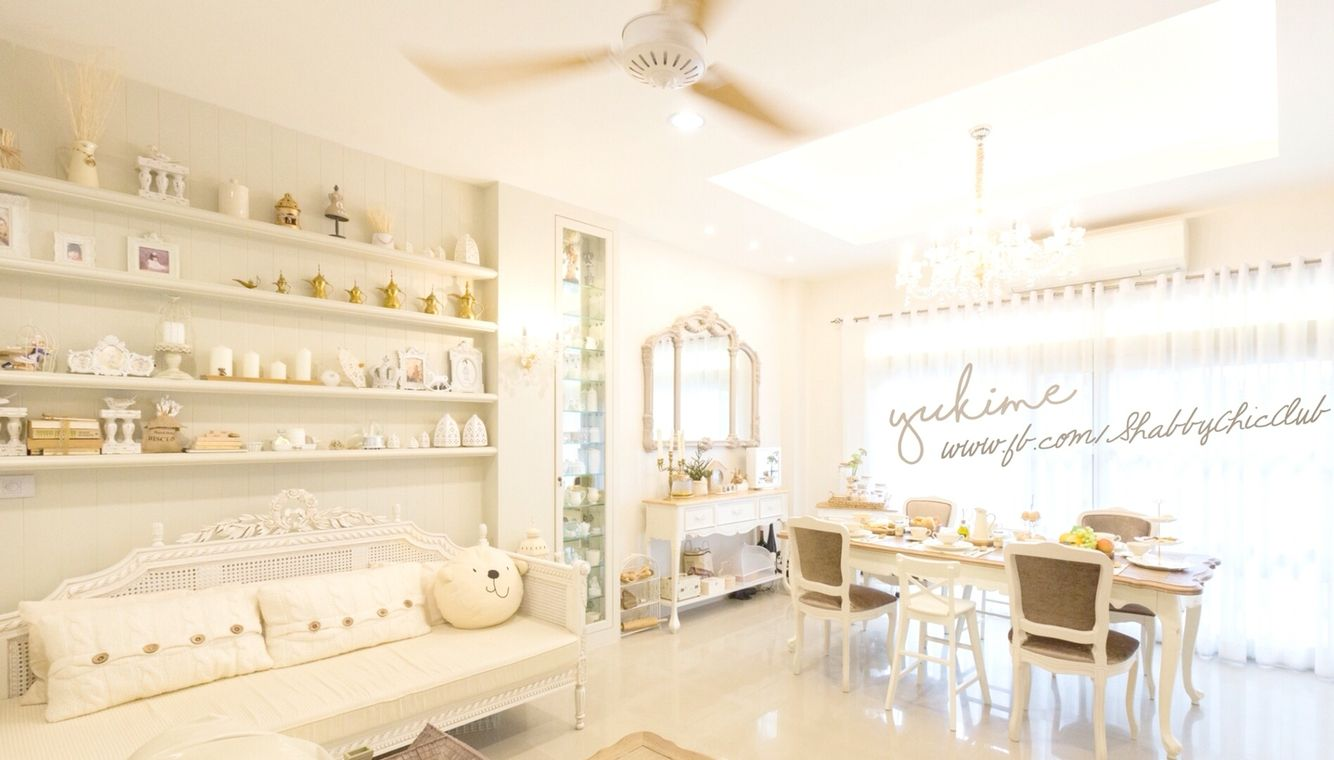 Yukime's Shabby chic home Living room
