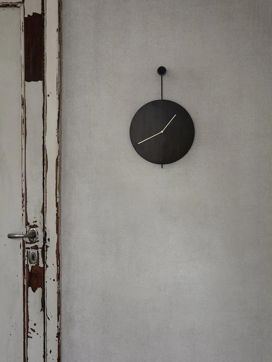 Gray Fashion Non-Ticking Tabletop Clock Battery Operated Desk Clock for Bedroom Bedside Living Room Kitchen Indoor Konigswerk Table Clocks