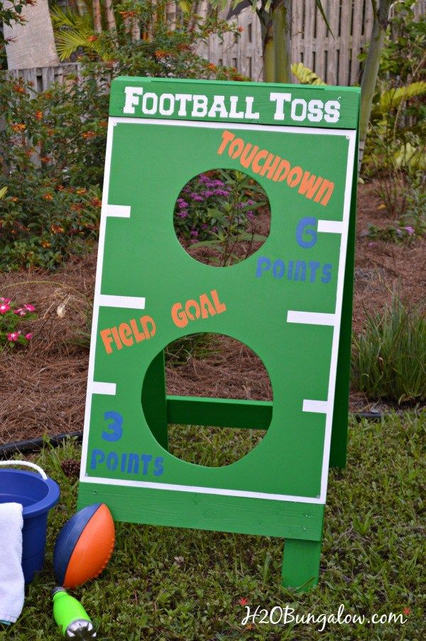 Diy Football Toss Tutorial Great Fun For A Party Or Family Holiday Make Bean Bag Water Balloon Fl Gators More