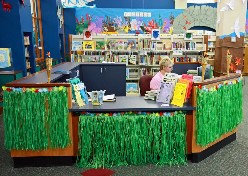 Youth Desk Library Book Displays School Library Decor Library