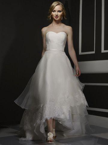 Birnbaum and Bullock 'Sydney' Size 10 Wedding Dress - Nearly Newlywed
