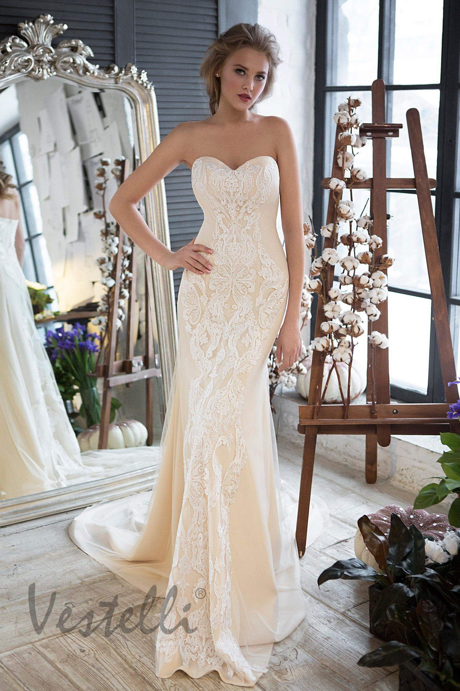 Amazing Tricks Can Change Your Life Wedding Gowns Off Shoulder Mother Of The Bride Dresses Short Straplessunique Chiffon: Chagne Strapless Wedding Dresses At Reisefeber.org