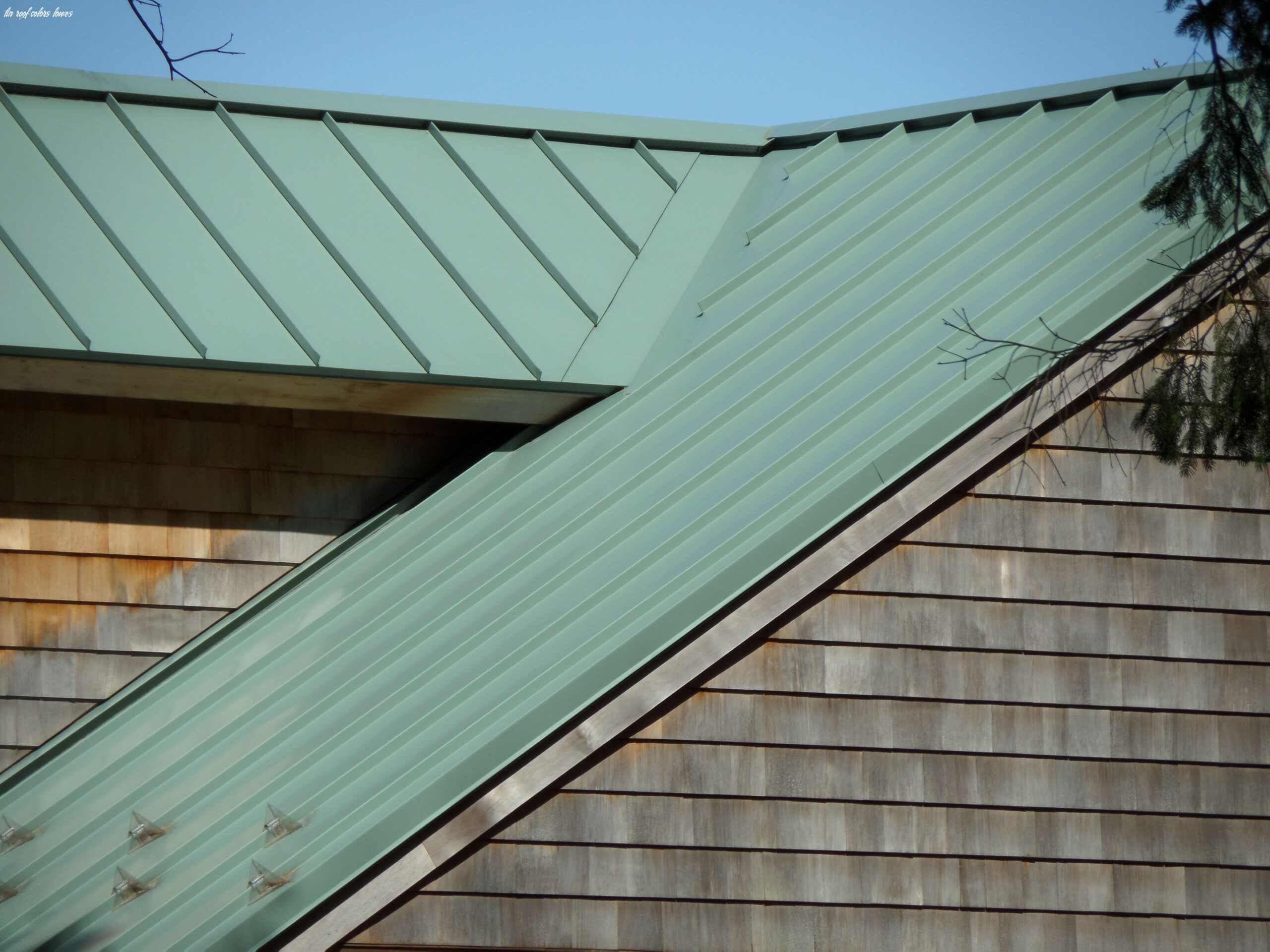 11 Tin Roof Colors Lowes In 2020 Standing Seam Metal Roof Corrugated Metal Roof Standing Seam