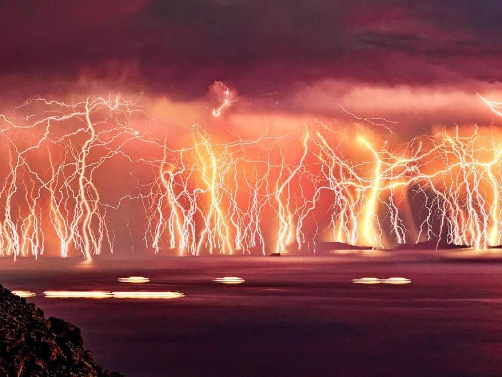 Mind Blowing Natural Weather Phenomena Nature Is Incredibly Beautiful Nature Beautiful Nature
