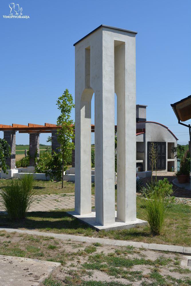 Vinarija Dragić, zvonik