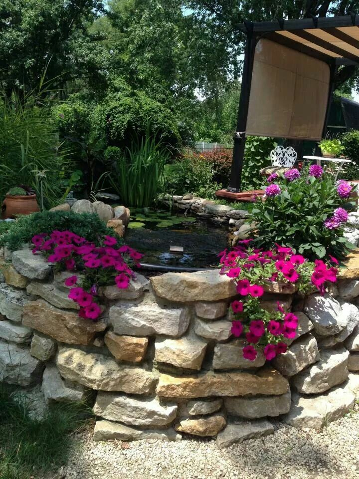Wall niches to grow allysum, thyme, etc | Outdoor decor ...