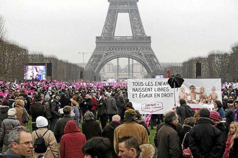Francia legaliza el matrimonio homosexual en medio de clima de tensión - Cachicha.com