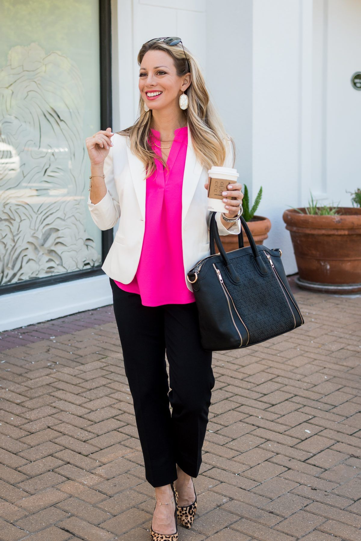 4fec70f3b21ff Spring is the perfect time to show off your white blazer, and today I'm  showing you how to style your white blazer for work! I found the cutest white  blazer ...