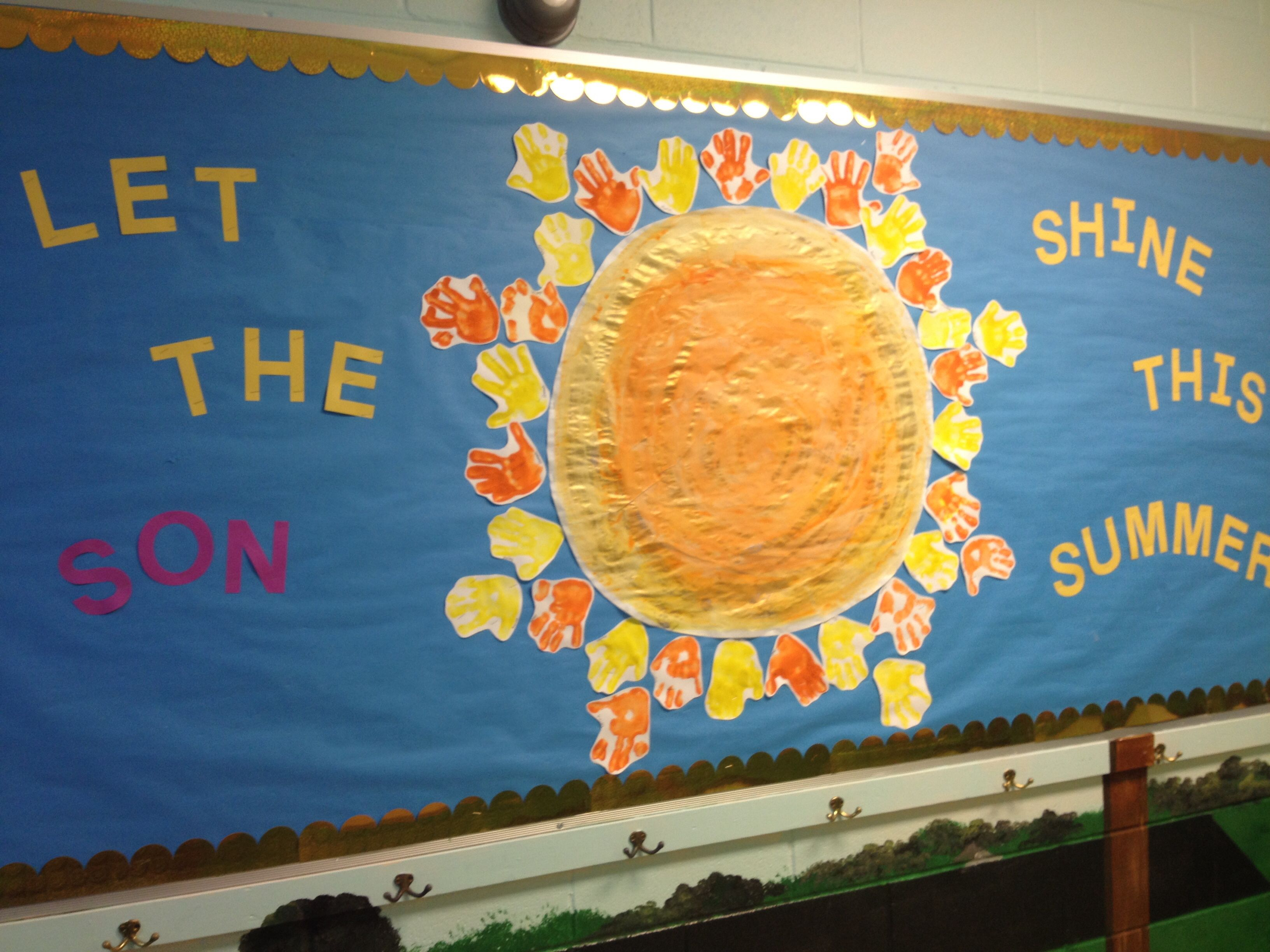 Great Summer Bulletin Board At Christian Preschool Using The Kids Handprints Boards