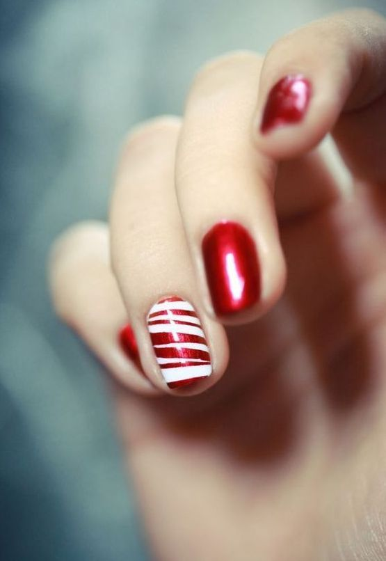 50+ Stylish Christmas Nail Colors and How To Do Them | Christmas nails for every party and occasion | these are my favorite Christmas nails and Christmas nail colors for the season! #christmasnails #christmasnailcolors