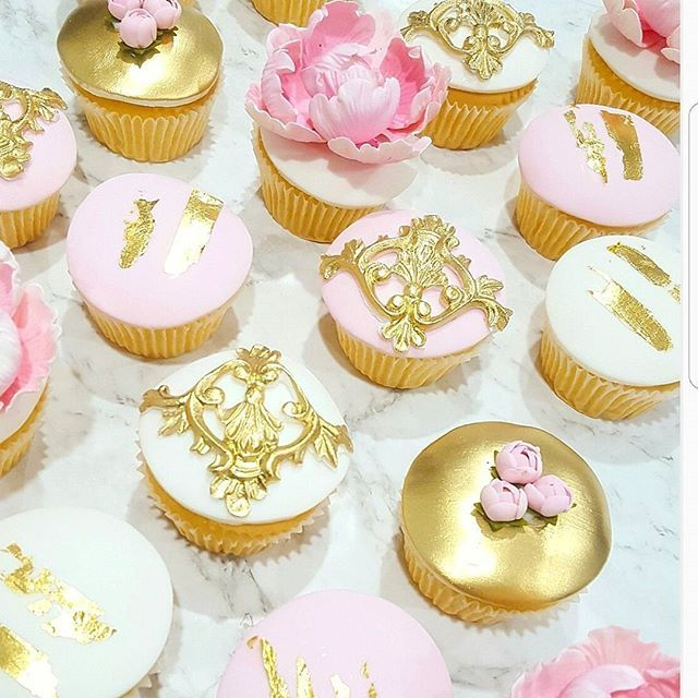 Happy Friday!!!! 💟💛💟 #cake_me_pretty #cakes #foodie #cake #nomnom ...