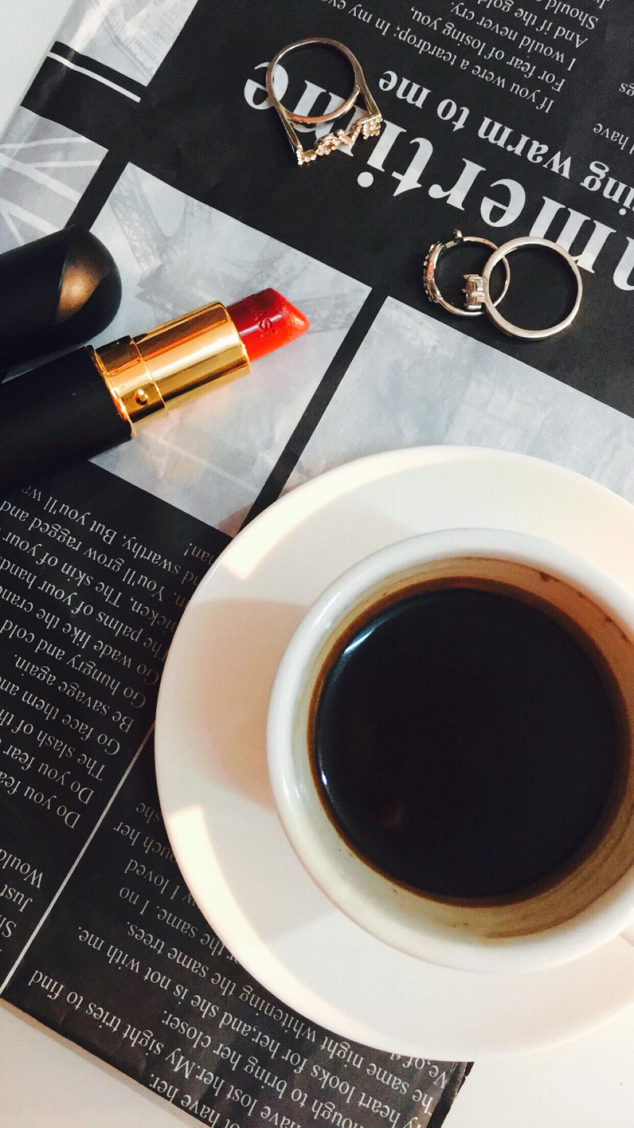 بنات رمزيات رمزيات ابيض واسود مزز السعوديه فولو ورد مساء الخير صباح الخير رمزيات بنات الخليج Coffee Quotes Good Morning Coffee Coffee Recipes