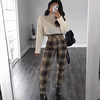 """Photo of Rubi Ortiz on Instagram: """"Full @rebelliousfashion outfit & I'm in love with all their clothes 🍁🥐☕️ Find the full look on their website and search: 🔎Trousers –TR0040…"""""""