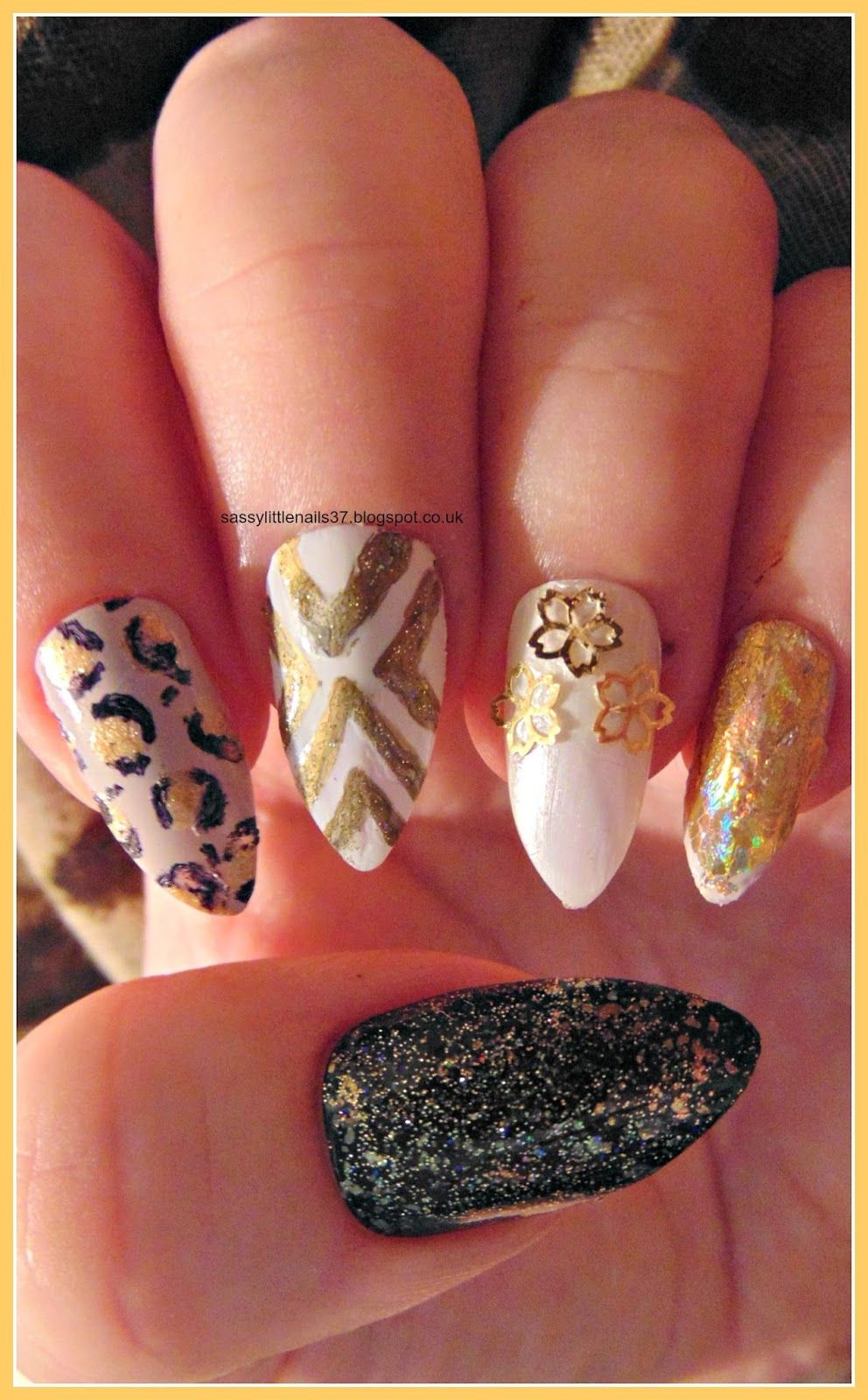 Sassylittlenails gold glam nails nails pinterest nail art