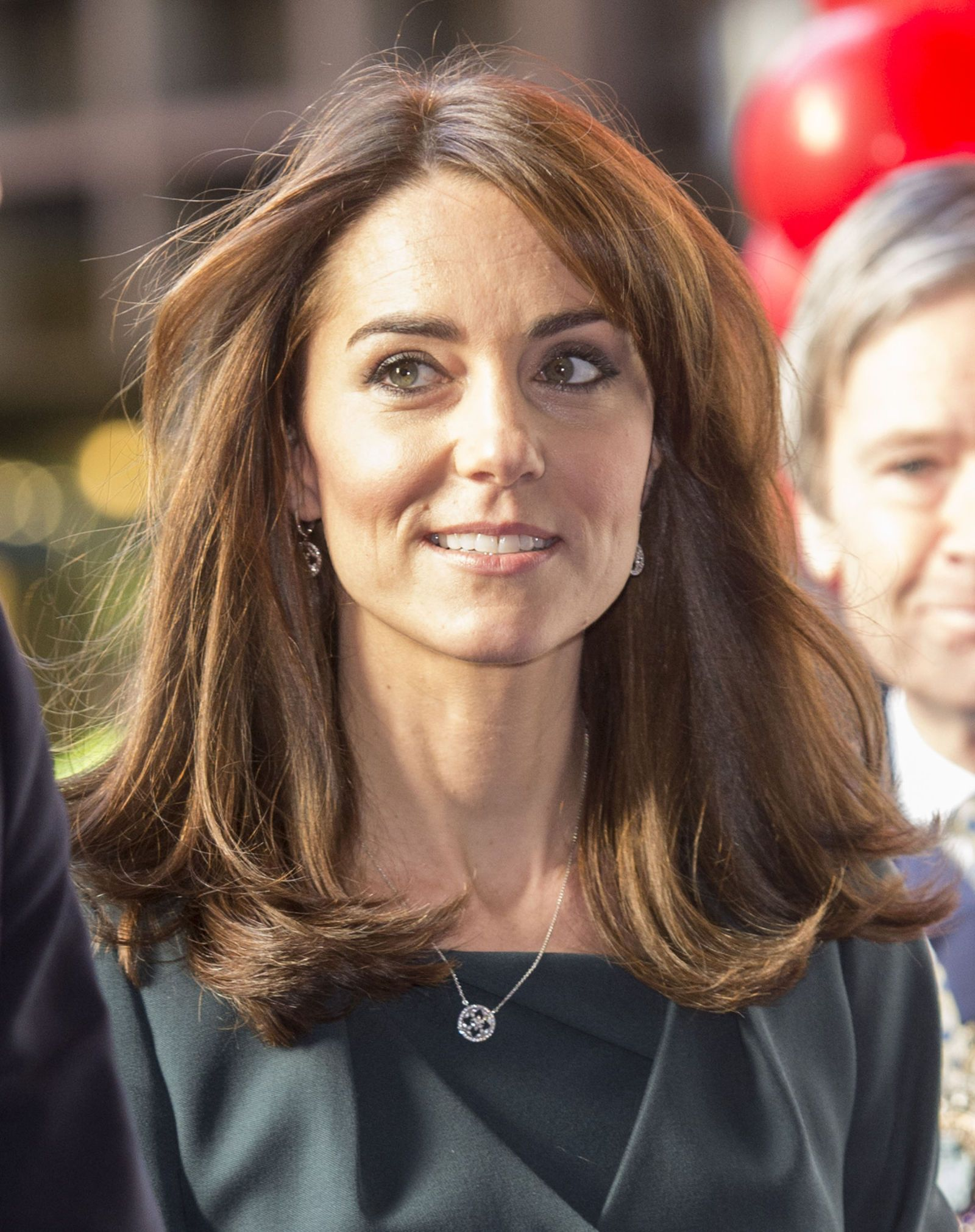 Kate Middleton Just Cut Her Hair And People Are Freaking Out forecast