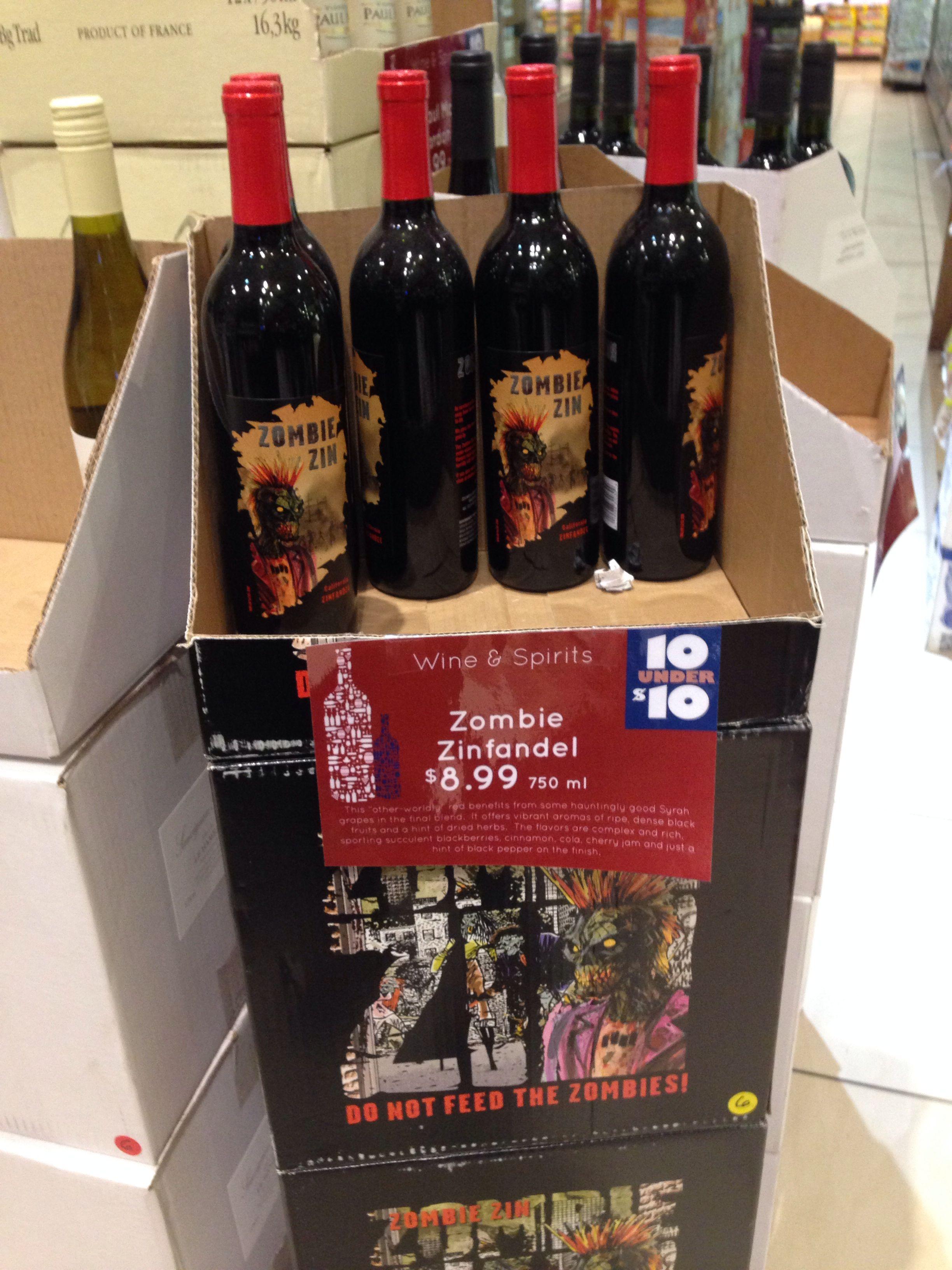 Um Fa De Walking Dead Nao Deixa De Celebrar Os Zumbis Ate Vinho Em Homenagem A Eles A Gente Acha No Supermercado E Claro Que Eu Compr Wine Bottle Wine Drinks