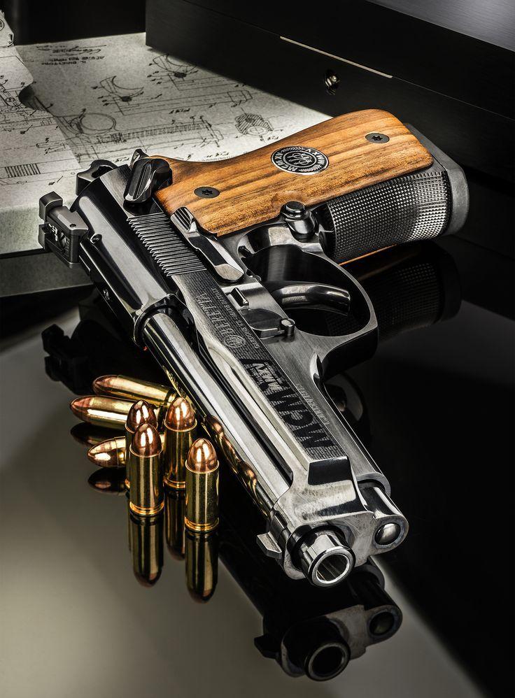 Armi e Tiro - HIT THE TARGET - Armi e Tiro