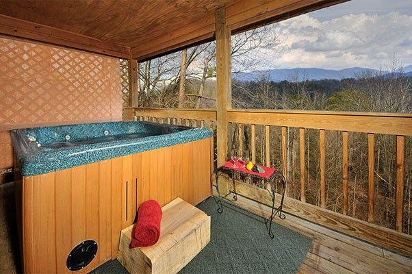 Red Cloud 1 Bedroom Sevierville Cabin Rental Gatlinburg Cabin Rentals Cabins In Gatlinburg Tn Gatlinburg Cabins