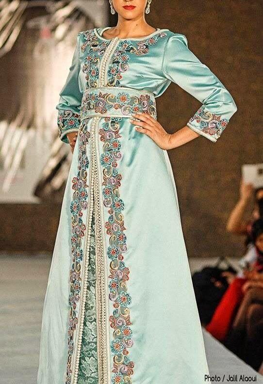 7ea92a958ad33 Couturiers et stylistes de caftan moderne au Maroc