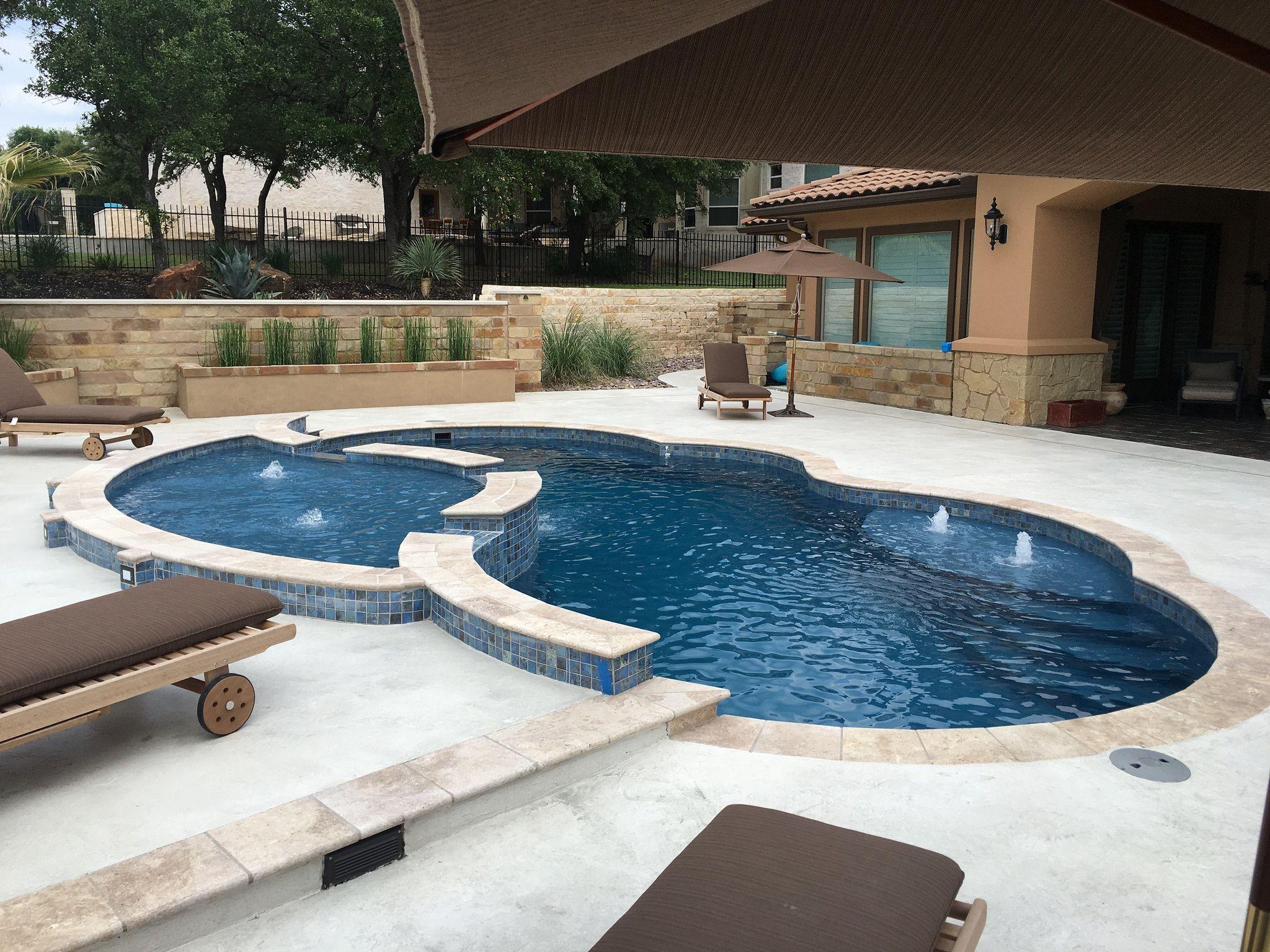 Aquamarine Pools of Texas Viking Pools Gemini with Tanning Ledge