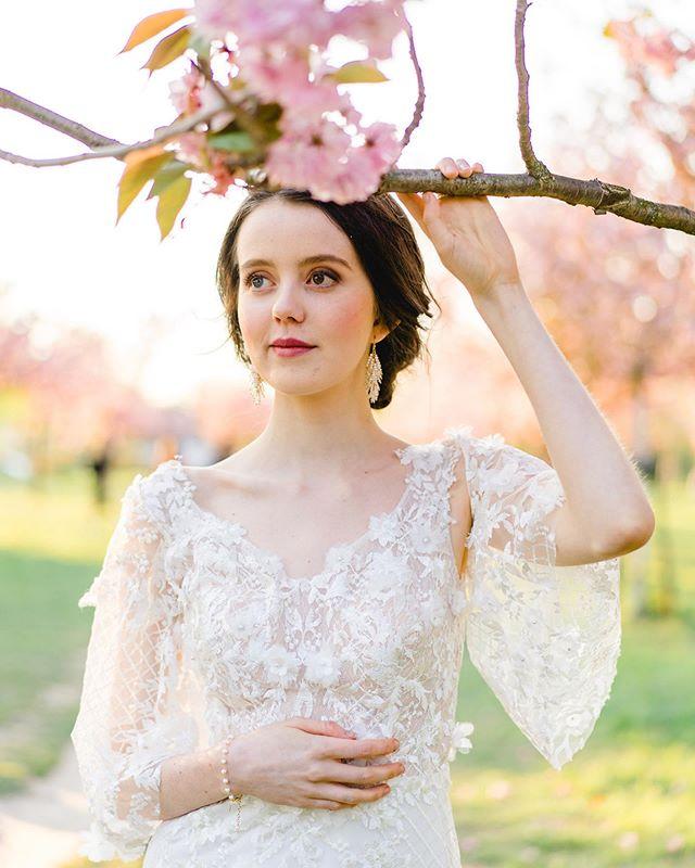 Patricia Hau Hellobeautifulpeopleinlove Instagram Fotos Und Videos Hochzeit Hochzeitsfrisuren Hochzeitsplanung