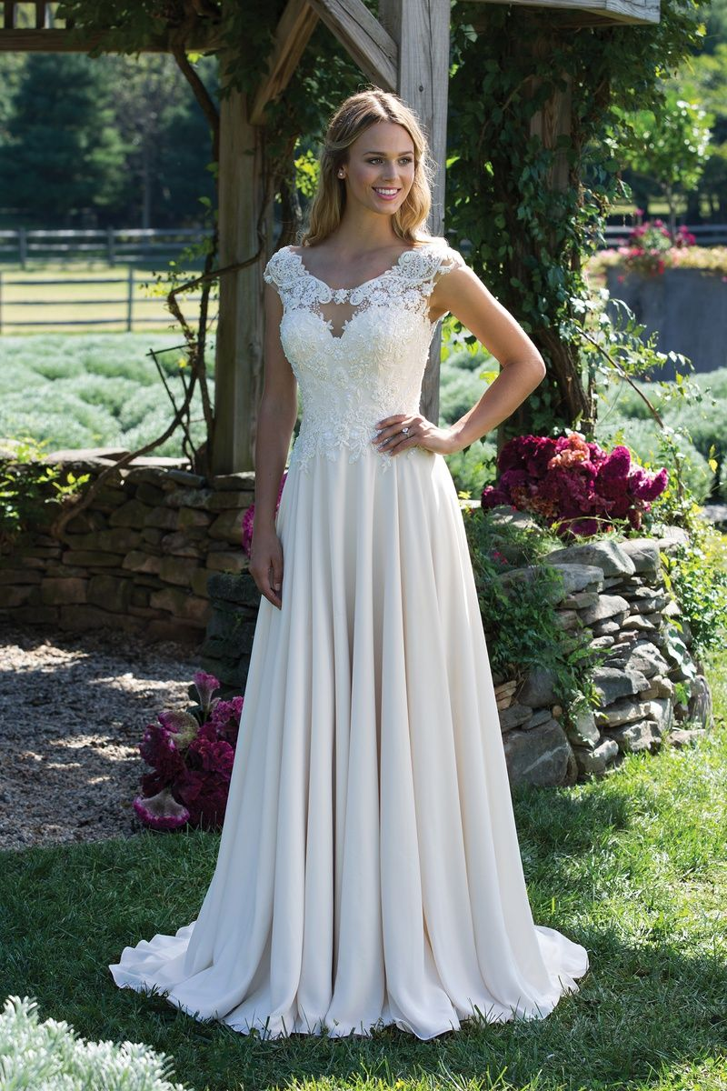 Sincerity 3983 Now Available At Bridal Collections Spokane Wa Www Thebridalcollections Co Sincerity Bridal Wedding Dresses Wedding Dresses Wedding Dress Store