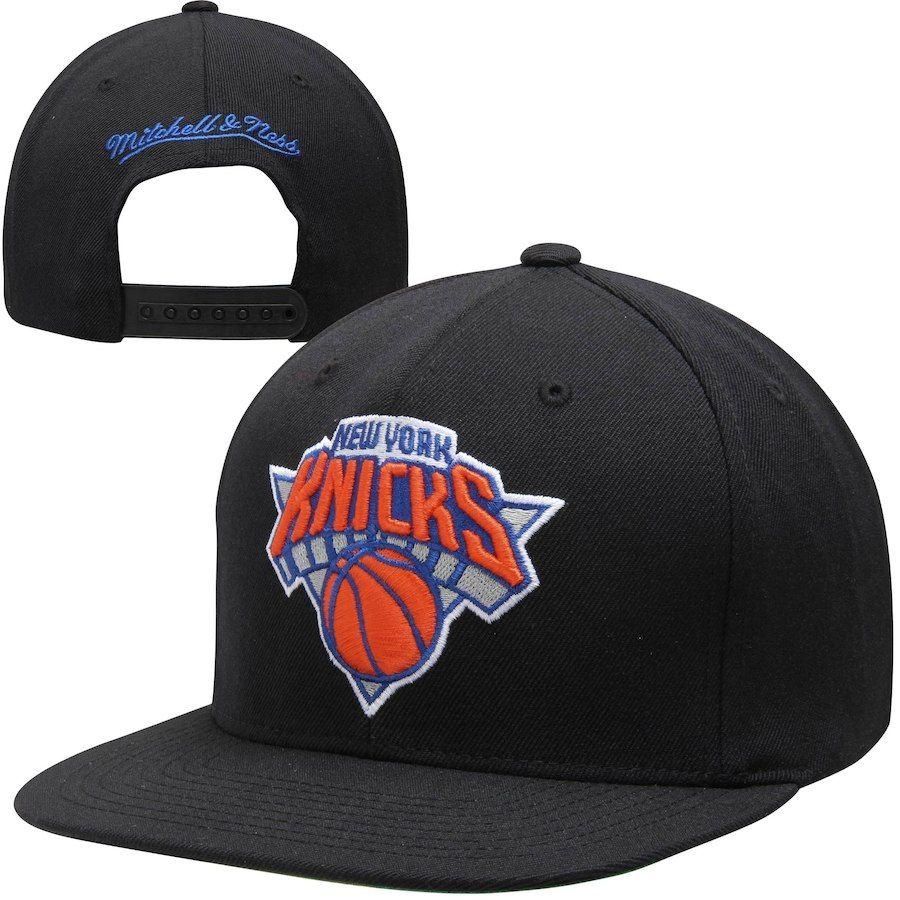c2263ee4f4c Mitchell   Ness New York Knicks Standard Logo Snapback Adjustable Hat -  Black