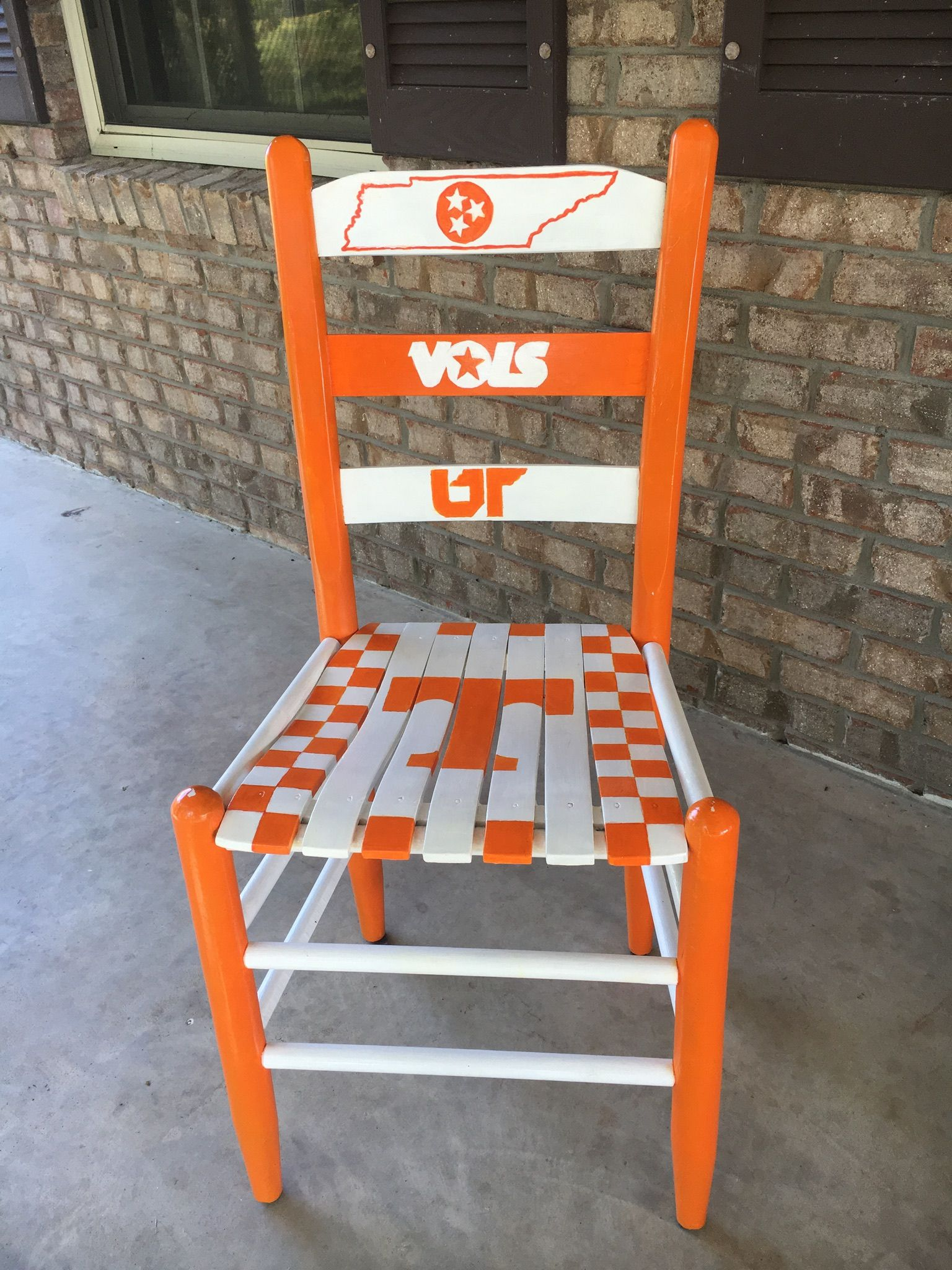 Astounding Tennessee Volunteers Chair Ut Painted Chair Tennessee Dailytribune Chair Design For Home Dailytribuneorg