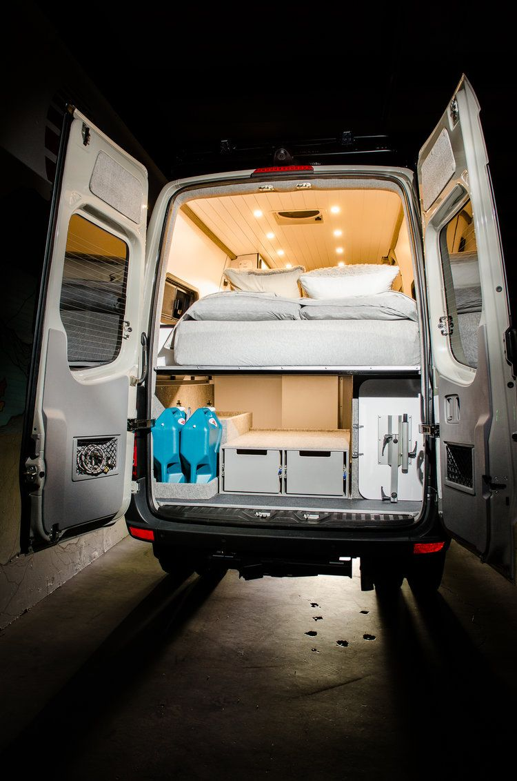 vanlife customs garage 144 mercedes sprinter 4x4 camper. Black Bedroom Furniture Sets. Home Design Ideas