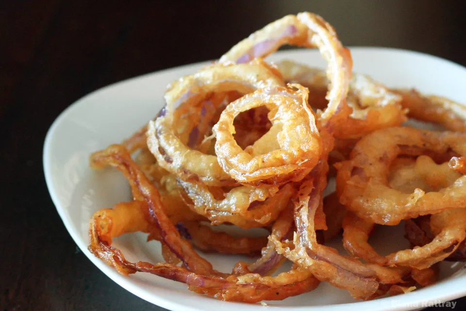Crispy Deep-Fried Onion Rings