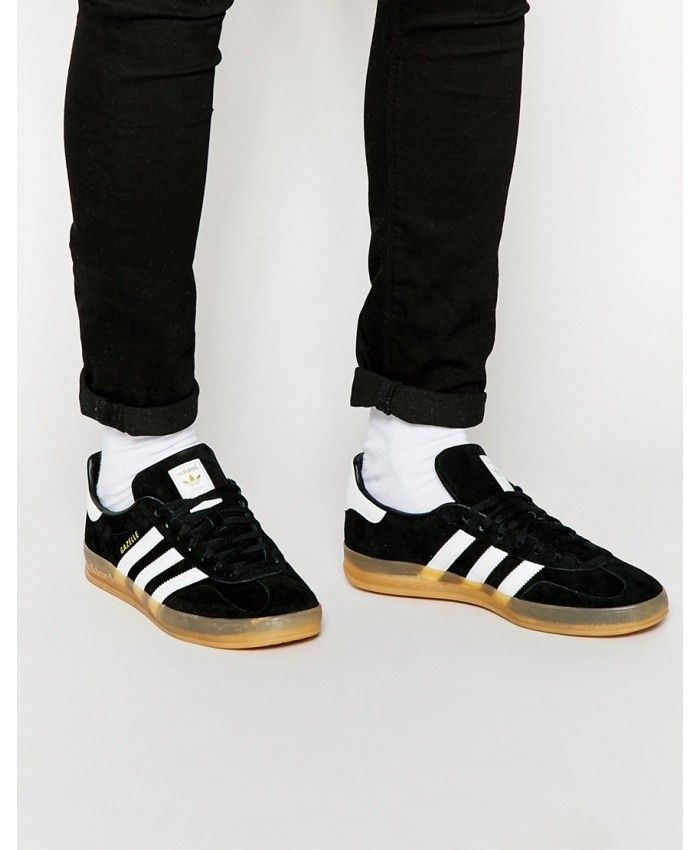 Adidas Gazelle Mens Trainers In Black White with gum sole  627ff3575