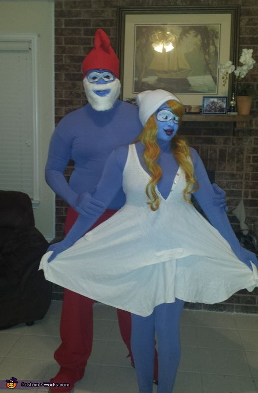 Papa Smurf and Smurfette - Halloween Costume Contest at Costume ... ad6fbb2249
