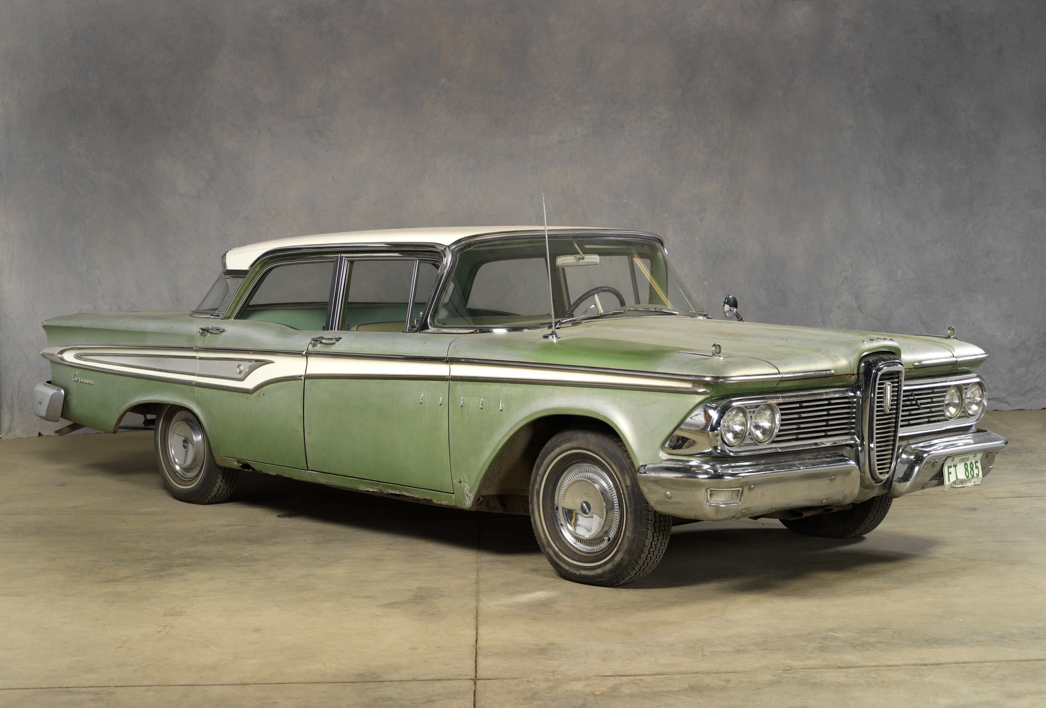 1959 Edsel Corsair Sedan In 1959 Edsels Were Offered Through Mercury Lincoln Dealers As Their Price Leader An Alternative For Edsel Ford Edsel Classic Cars