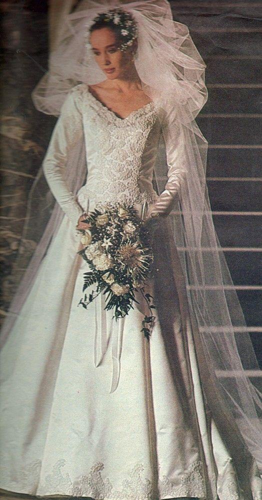 Vintage Vogue Pattern 1677 Bridal Original Wedding Gown Bridesmaid Dress Petticoat Size 10 Uncut