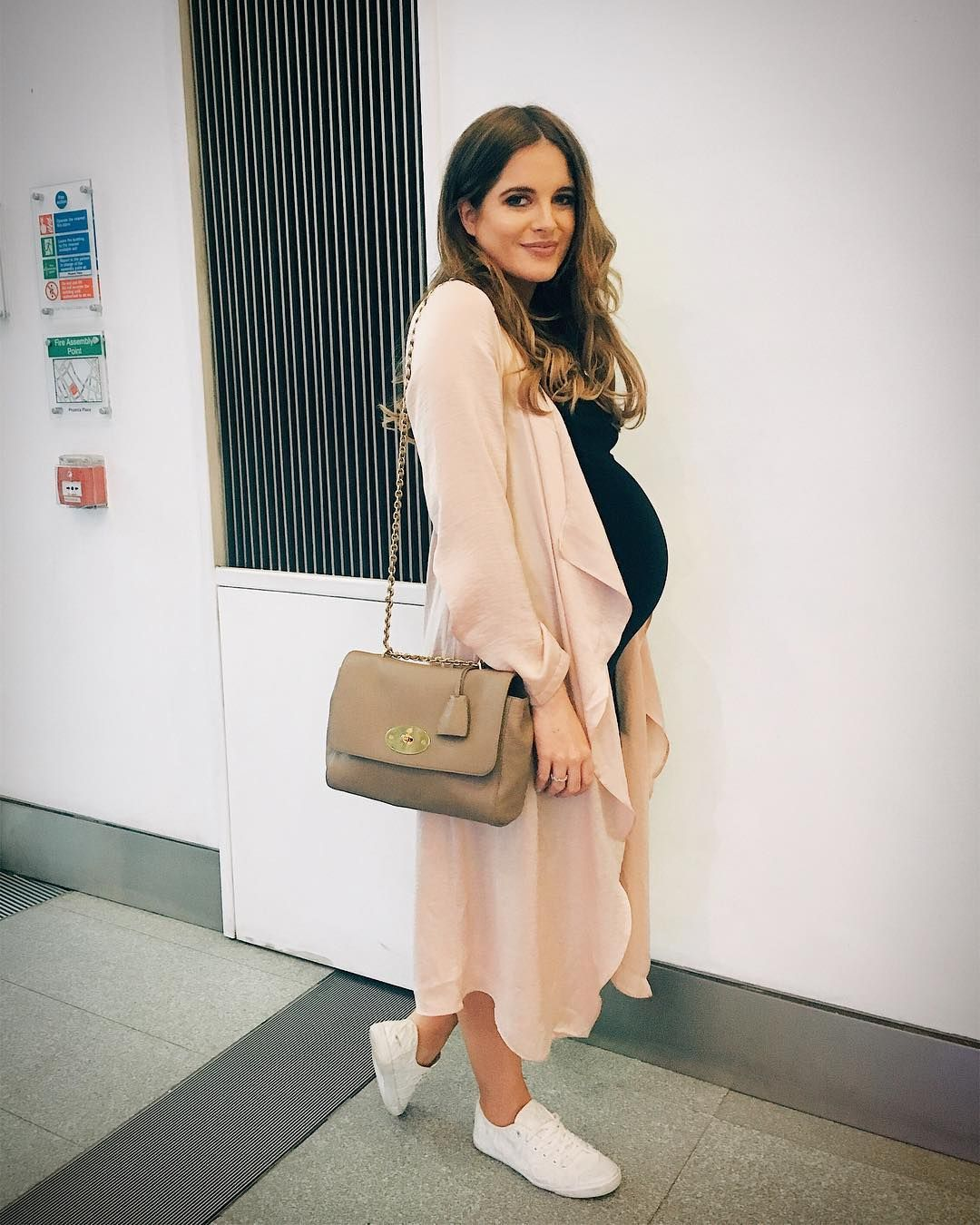 409eb2dc3470 Binky Felstead.. In The Style UK dress and long cardigan