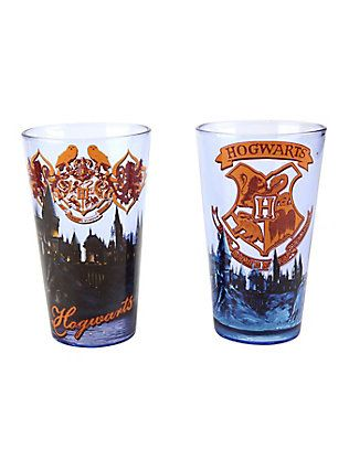 OFFICIAL HARRY POTTER GRYFFINDOR CREST PINT DRINKING GLASS NEW IN GIFT BOX