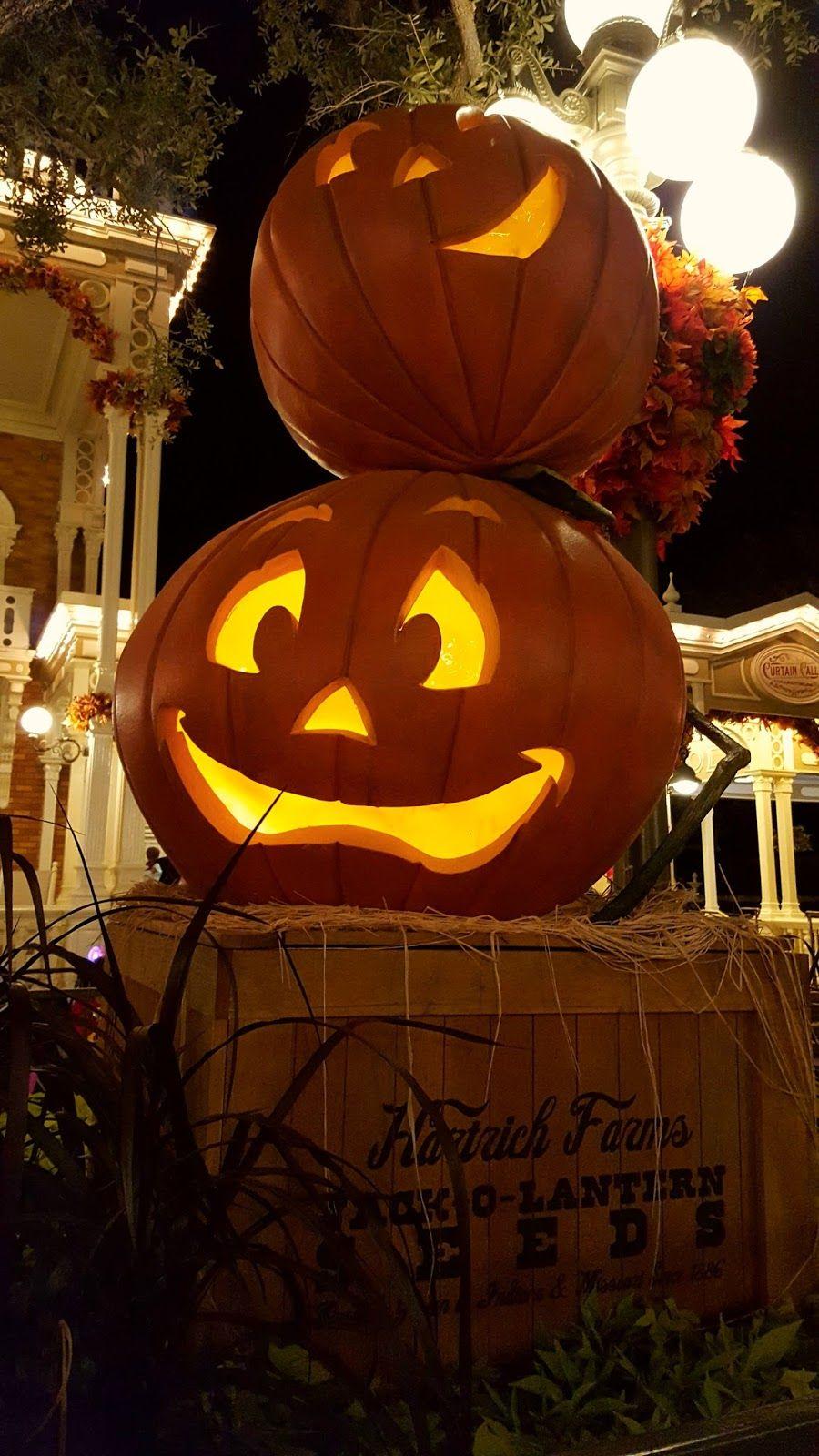 Halloween decor at the Magic Kingdom Disney Parks Halloween - scary halloween decor