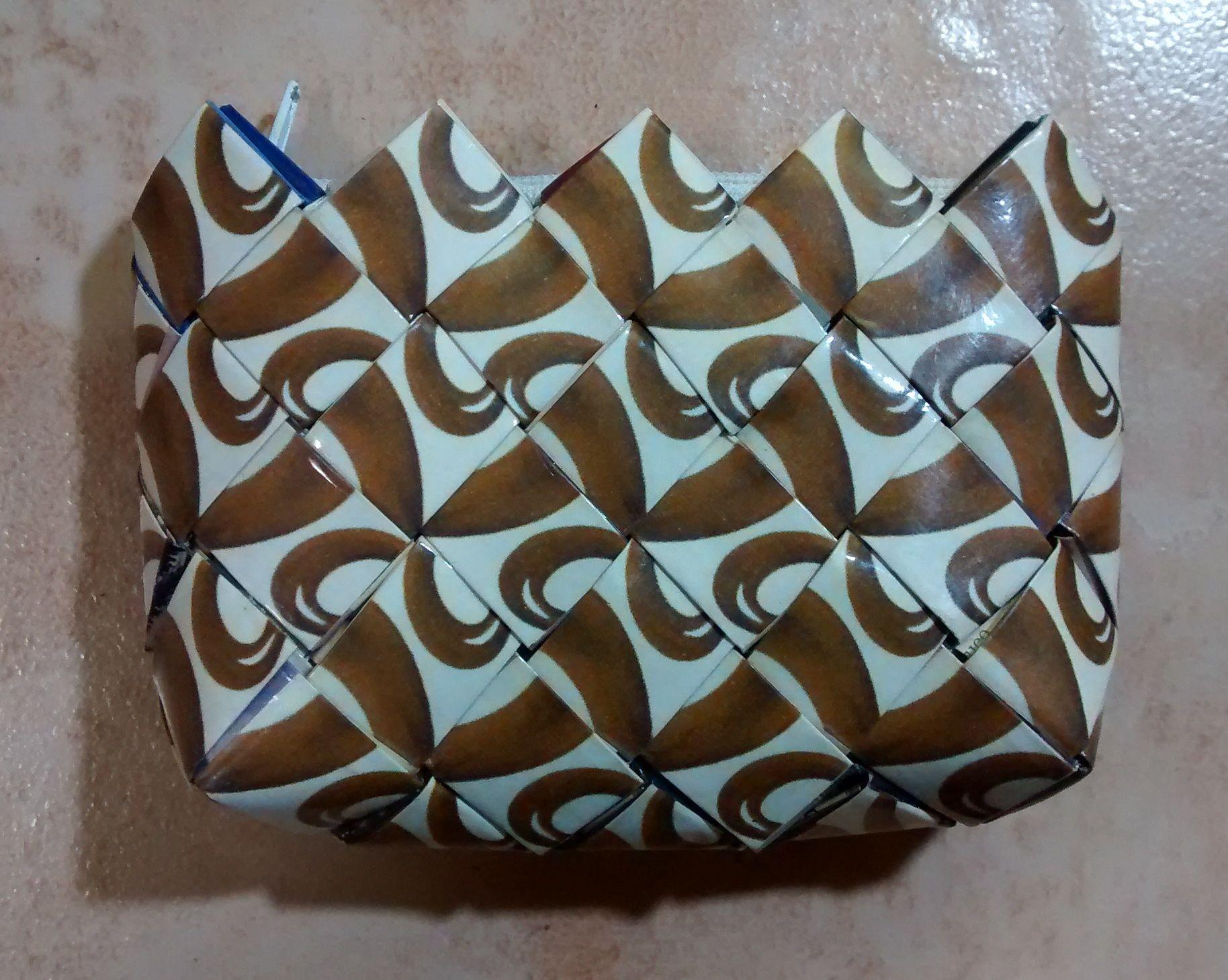 Monedero de papel plastificado 11x8 cms ecoaccesorios for Papel pintado plastificado