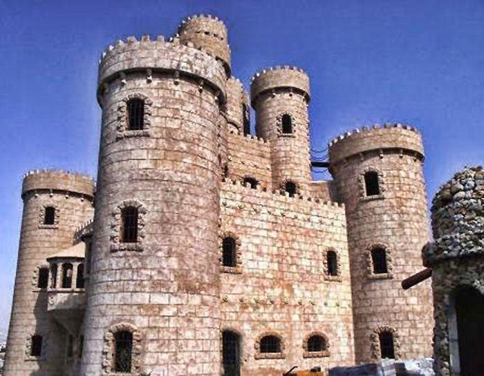 بالصور قصور في الجنوب بلغت حد الإعجاب والابهار Leaning Tower Of Pisa Leaning Tower Lebanon